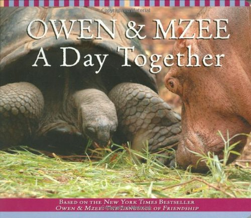 9780545037662: Owen and Mzee: A Day Together