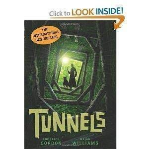 9780545073271: Tunnels