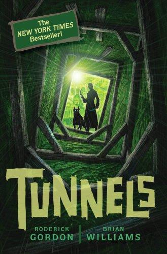 9780545078818: Tunnels