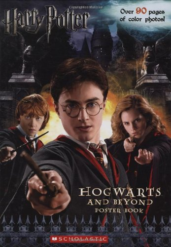 9780545082181: Harry Potter Hogwarts and Beyond Poster Book