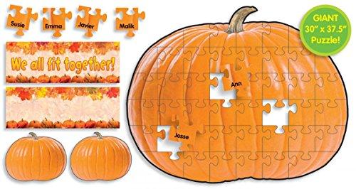 9780545161183: Pumpkin Puzzle Bulletin Board