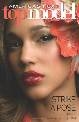 9780545163033: America's Next Top Model #4: Strike a Pose