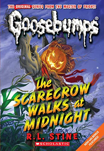 9780545178013: The Scarecrow Walks at Midnight (Classic Goosebumps #16)