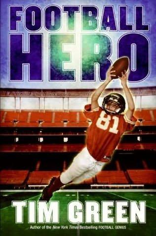 9780545202954: Football Hero