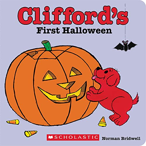 9780545217743: Clifford's First Halloween