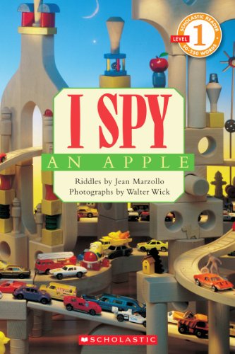 9780545220958: Scholastic Reader Level 1: I Spy an Apple