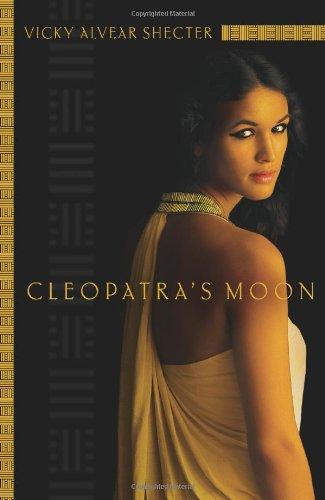 9780545221313: Cleopatra's Moon