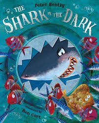 9780545239790: Shark in the Dark