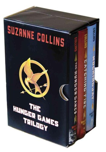 The Hunger Games Trilogy Boxed Set: Collins, Suzanne