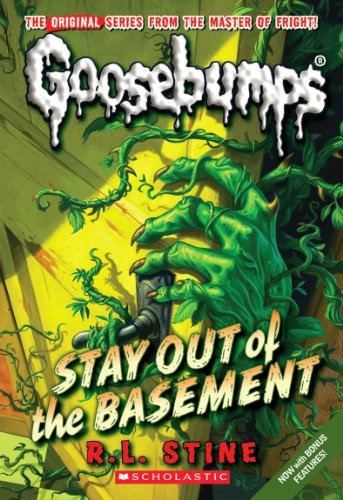 9780545298384: Stay Out of the Basement (Classic Goosebumps #22)