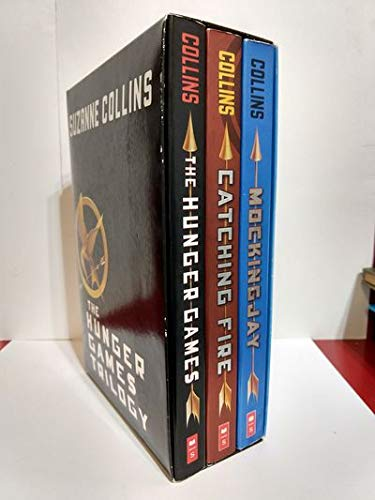 9780545374095: The Hunger Games Trilogy with Pin (Hunger Games / Catching Fire / Mockingjay)