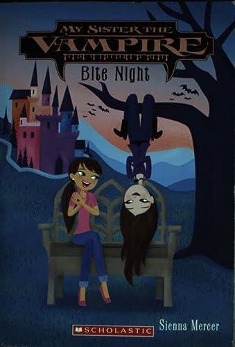 9780545391429: Bite Night (My Sister the Vampire, #10)