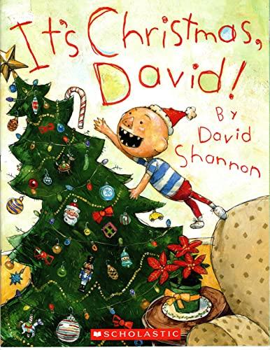9780545414586: It's Christmas, David!