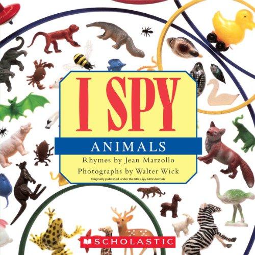 9780545415835: I Spy Animals