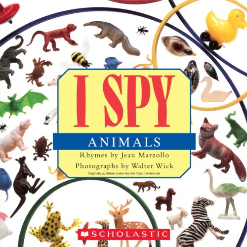 9780545415835: I Spy Animals