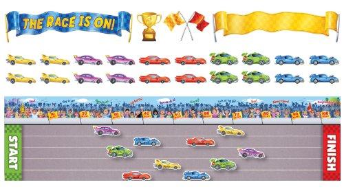 9780545417419: The the Race Is on Bulletin Board (Bulletin Boards)