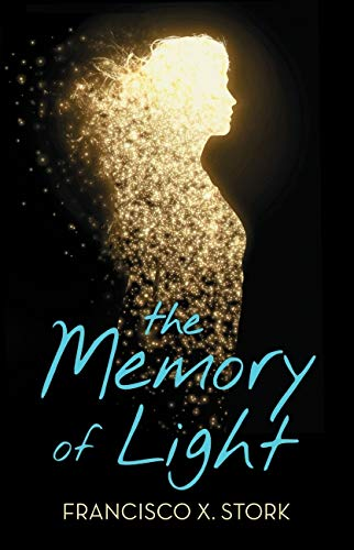 9780545474320: The memory of light