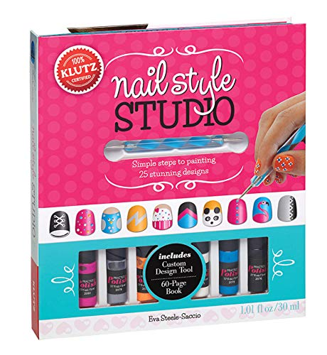9780545561631: Nail Style Studio: Simple steps to painting 25 stunning designs