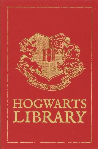 9780545615402: The Hogwarts Library (Harry Potter)