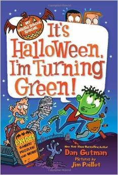 9780545640152: My Weird School Special: It's Halloween, I'm Turning Green!