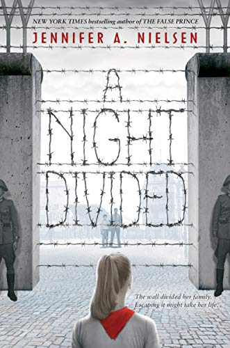 9780545682428: A Night Divided