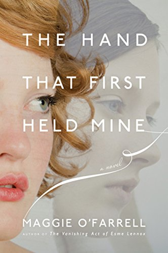 9780547330792: The Hand That First Held Mine
