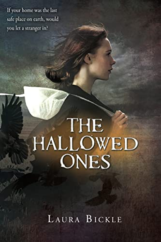 9780547859262: The Hallowed Ones