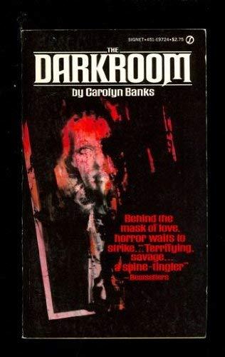 9780552118552: The Darkroom