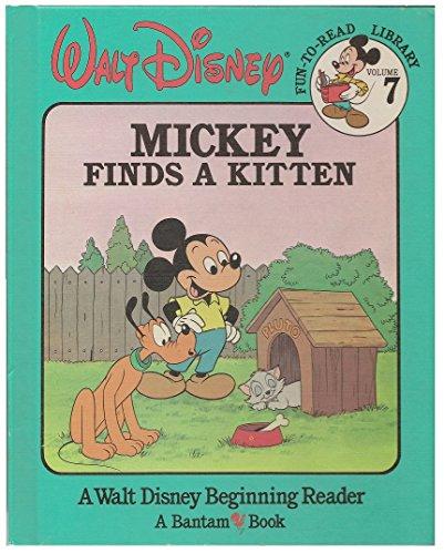 9780553055832: Mickey Finds a Kitten (Walt Disney Fun-To-Read Library, Volume 7)