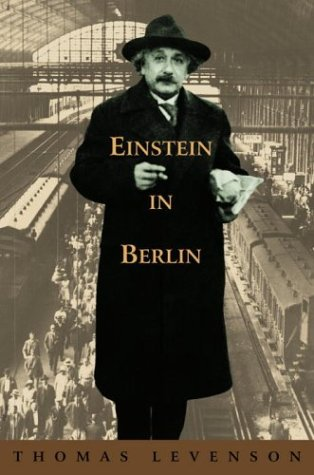 9780553103441: Einstein in Berlin
