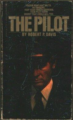 9780553105902: The Pilot