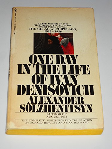 9780553126778: One Day in the Life of Ivan Denisovich