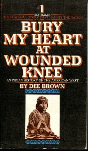 9780553135978: Bury my heart at Wounded Knee