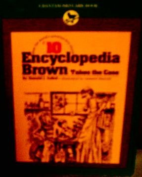 9780553151305: Encyclopedia Brown : Takes the Case ( No 10 )