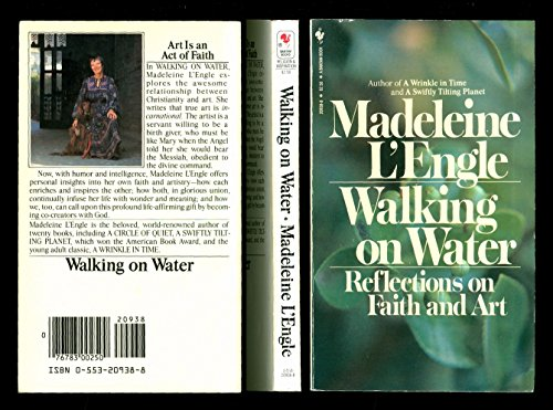 9780553209389: Walking on Water : Reflections on Faith and Art