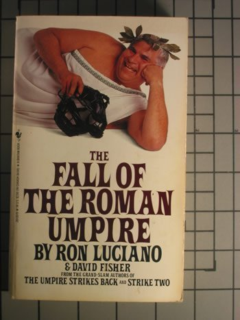 9780553261332: The Fall of the Roman Umpire