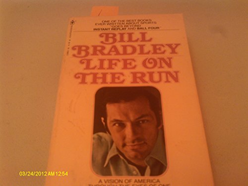9780553261523: Life on the Run
