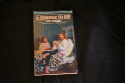 9780553273953: Summer To Die