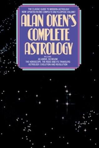 9780553345377: Alan Oken's Complete Guide to Astrology