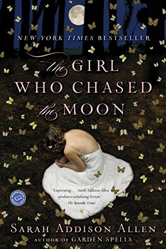 9780553385595: The Girl Who Chased the Moon