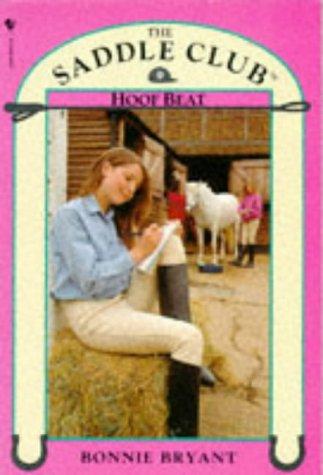 9780553403022: Hoof Beat (Saddle Club)
