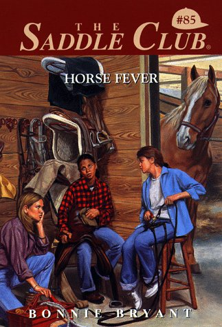 9780553486353: Horse Fever (Saddle Club #85)
