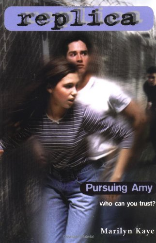Pursuing Amy (Replica 2) (055349239X) by Marilyn Kaye