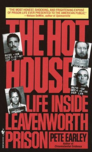9780553560237: The Hot House: Life Inside Leavenworth Prison