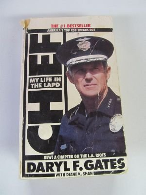 9780553562057: Chief: My Life in the L.A.P.D.