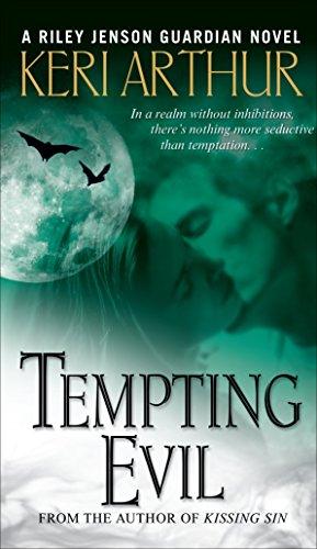 9780553588477: Tempting Evil (Riley Jenson)