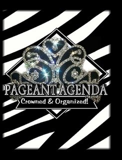 9780557694358: Reach For the Crown Pageant Planner (Black & White Zebra Print)