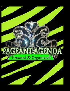 9780557697397: Reach For the Crown Pageant Planner (Black & Green Zebra Print)