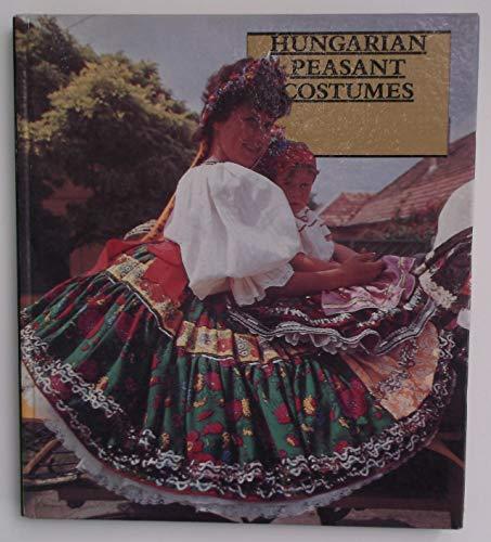 9780568000919: Hungarian Peasant Costumes