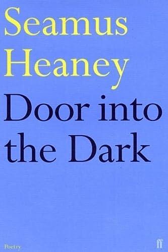 9780571101269: Door into the Dark (Faber Paperbacks)